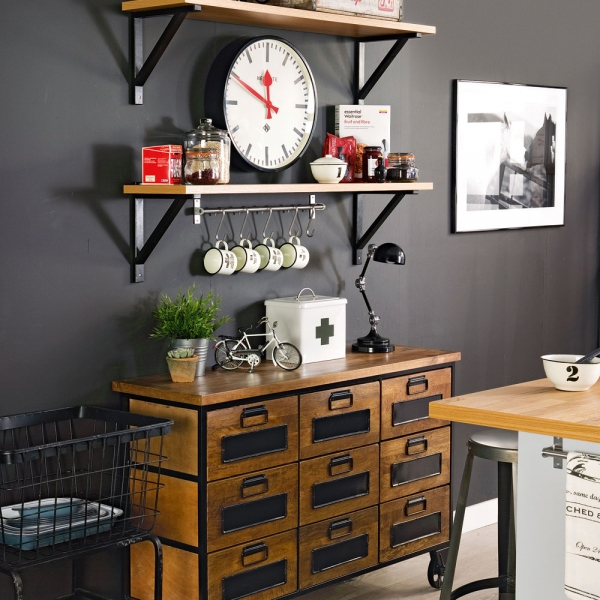 Industrial kitchen. Designed by Sophie Robinson for Ideal Home. Photograph by Simon Whitmore