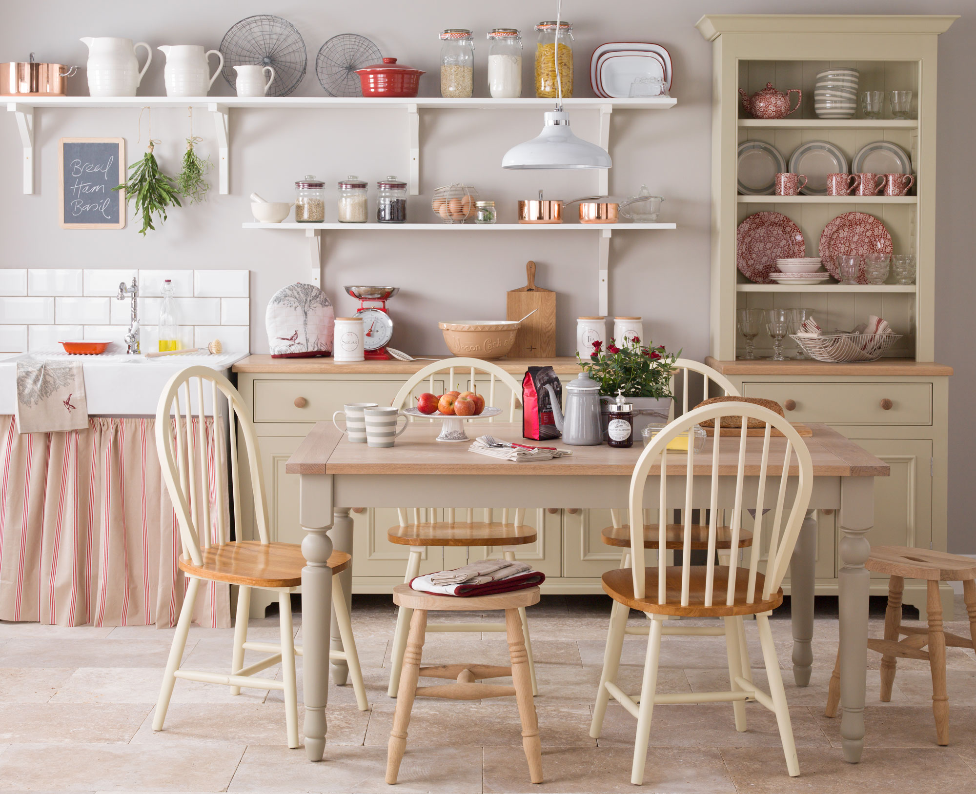 What You Should Know About French Country Kitchen Design additionally Country Kitchen Decorating Ideas furthermore Landhauskuche 16547 likewise Kitchens besides 87186942755883675. on country style kitchens