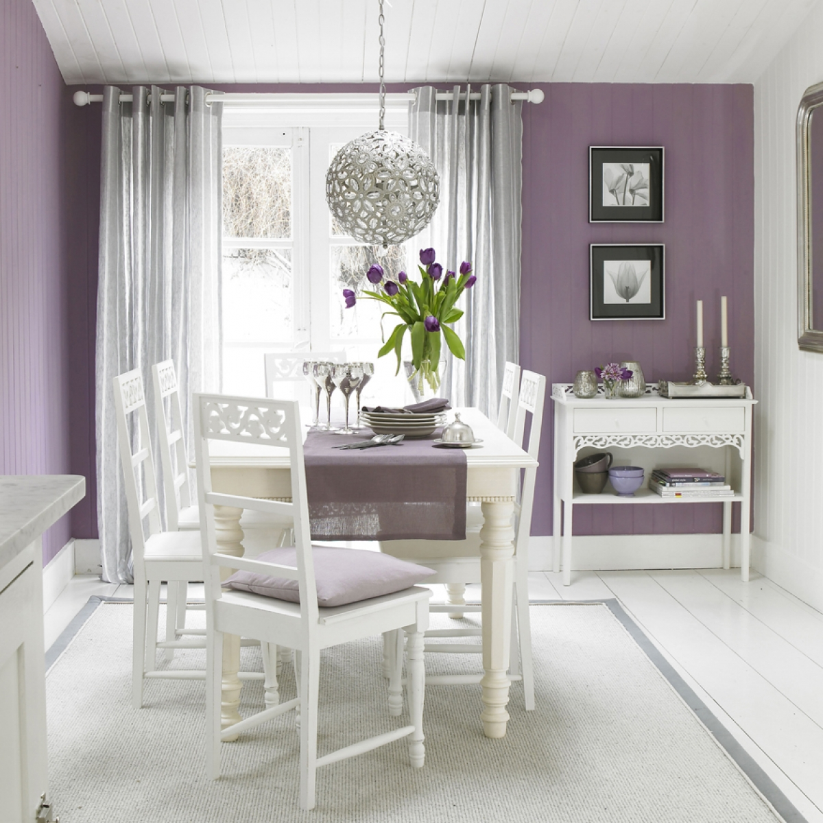 How natural light effects your the colour choice for your for Dining room lighting uk