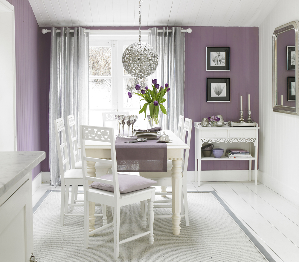 Small Dining Room Color Ideas: How Natural Light Effects Your The Colour Choice For Your