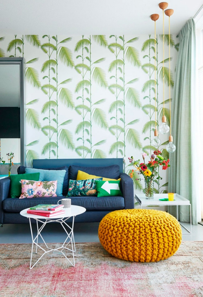 Palm wallpaper by Cole and Son. Image from VTWonen