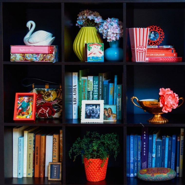 Interior stylist Sophie Robinsons how to stle your shelves shelfie