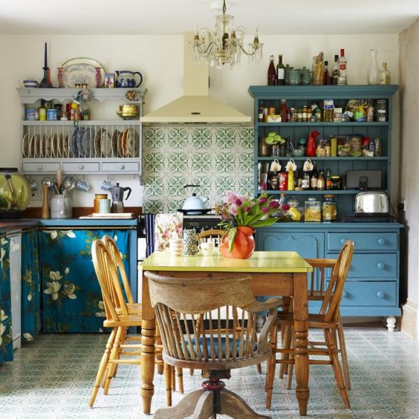 Vintage style kitchen by interior designer sarah Mitchenall