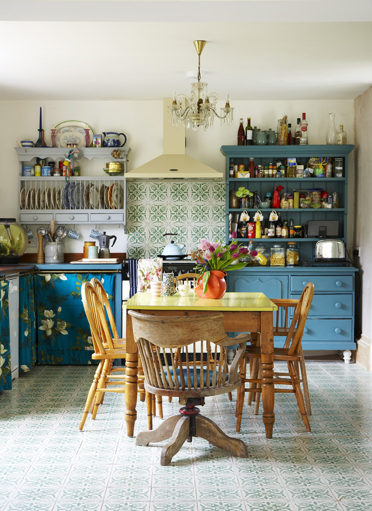 Budget Kitchen Ideas And Vintage Style On A Shoe String Sophie Robinson