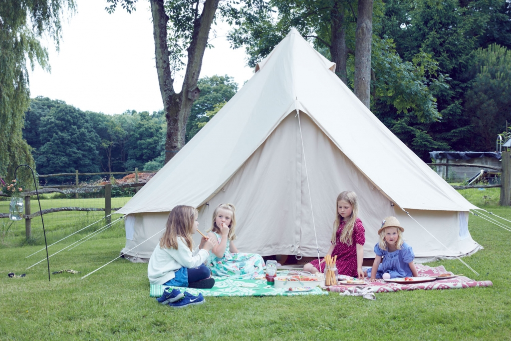 The perfect summer garden party menas all the kids are entertained so parents are relaxed. Create their own party zone with a picnic rug and a bell tent full of games
