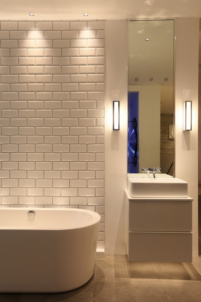 bathroom-lighting-john-cullen-lighting-1-e1456829166609