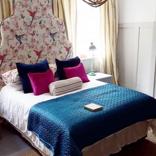 Chintz headboard bedroom by Oliver Thomas from The Great Interior Design Challenge as seen on room Reveal sophierobinson.co.uk