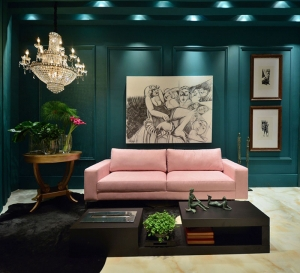 Etonnant These Deep Dark Green Walls Look Moody Against The Trend For Pale Pink Sofa  In This