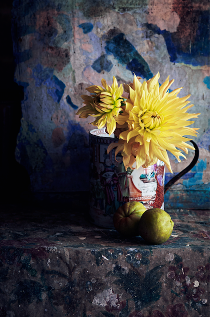Dahlias in an pottery jug. Styling by Mary Norden, photographed by Polly Wreford