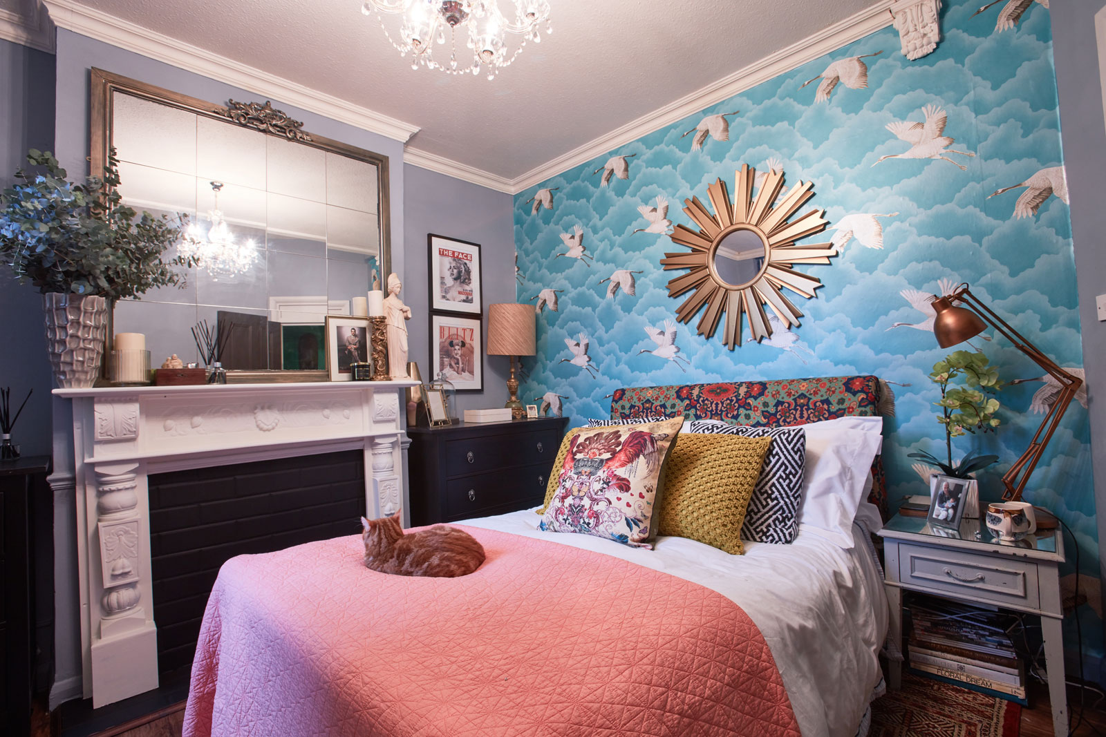 how to do maximalism on a budget with oliver thomas sophie maximilast bedroom with crane wallpaper and coral accents in the home of interior designer oliver thomas