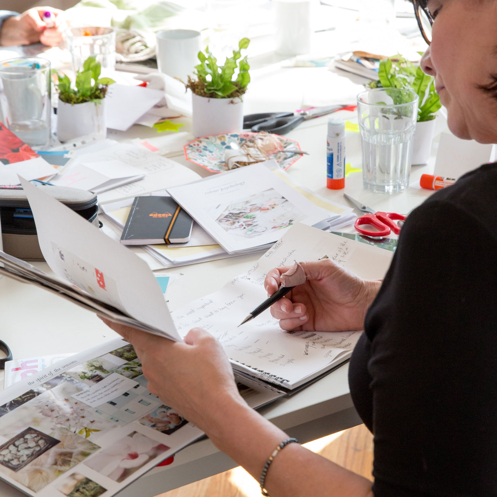 Home Study Interior Design Courses Uk: Up Your Interior Design Game With Colour Psychology