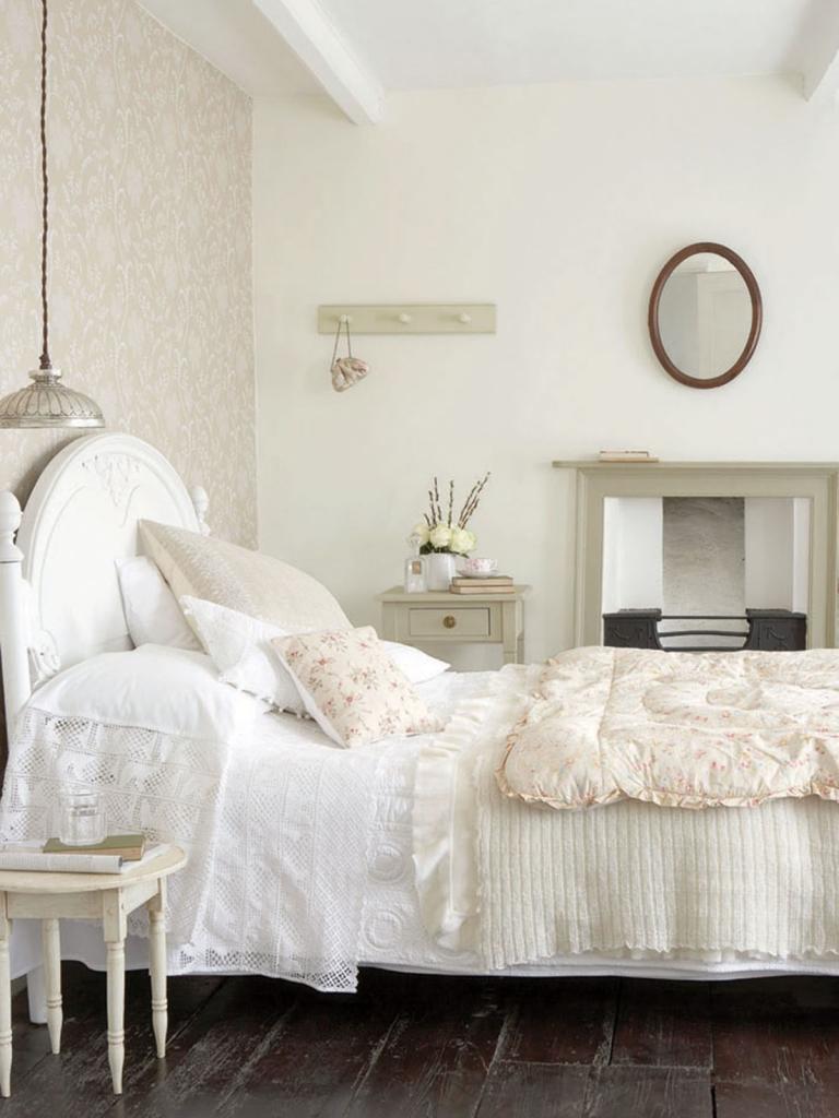 Little Greene serene and calming Bedford Square wallpaper bedroom