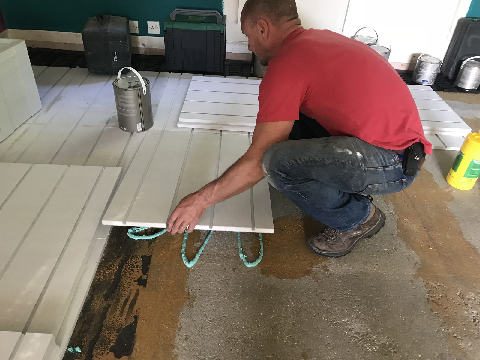 What You Need To Know About Overlay Water Underfloor