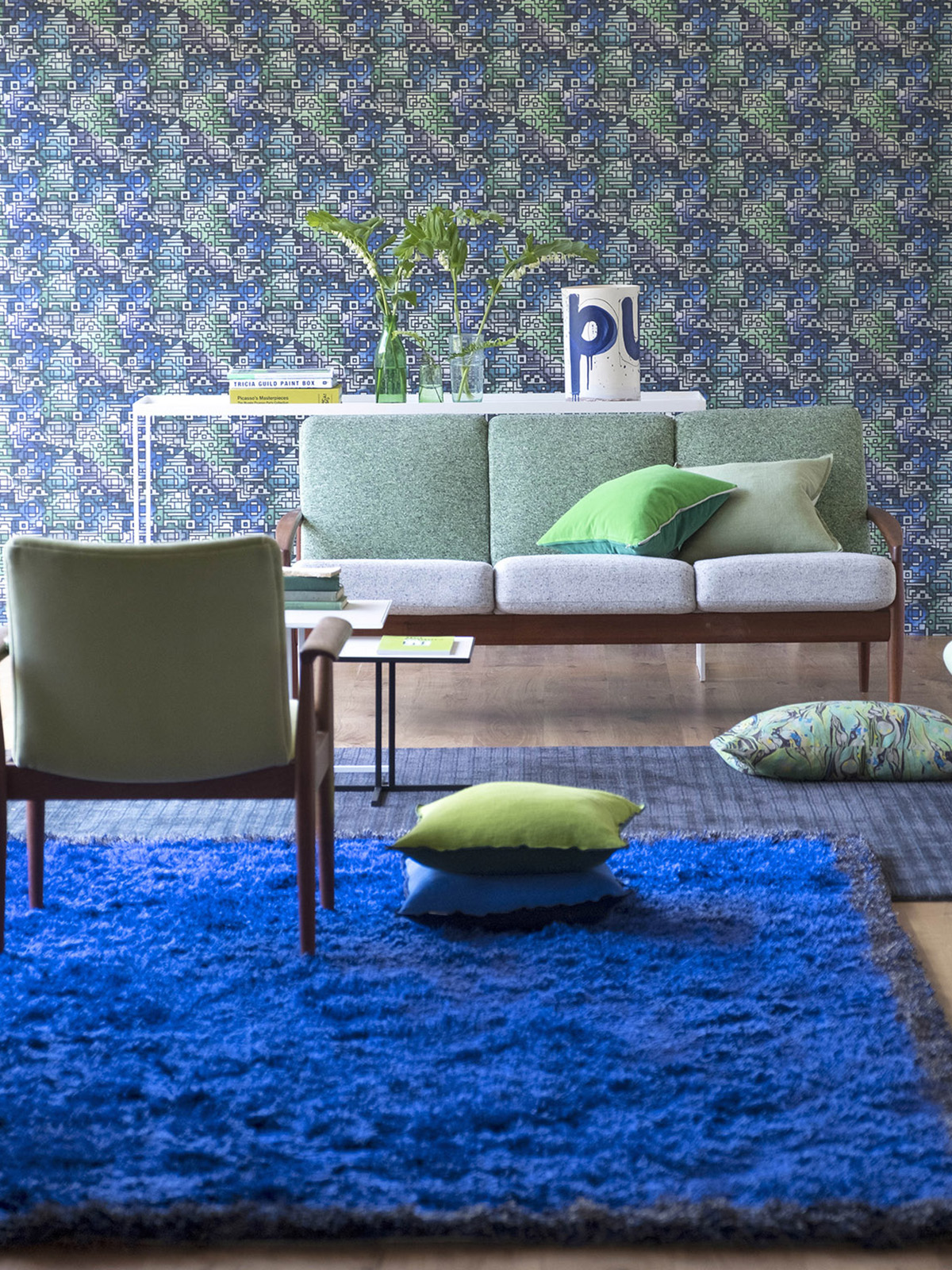 Interior Designer Sophie Robinson talks colour crush Cobalt blue - rug and floral wallpaper