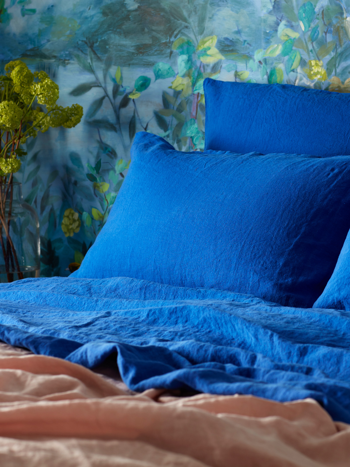 Dazzling blue 100% linen bedlinen in cobalt blue bedroom designed by sophie robinson for the secret linen store