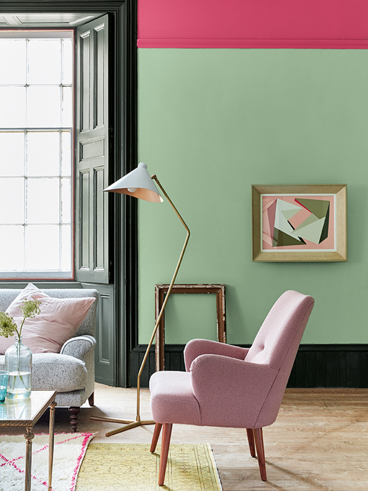 My latest colour crush is Mint green for it's fresh, uplifting tone. This pastel shade works extremely well with mint green walls and a pink armchair in a living room. Dark painted woodwork add a stark contrast. Gilt accent pieces or brass light fixtures create a modern and inviting space. Mint is set to be a key colour trend this year and well into 2020. Check out the blog for top tips and inspiration on using this hue. #sophierobinson #mint #colourcrush #lovecolour