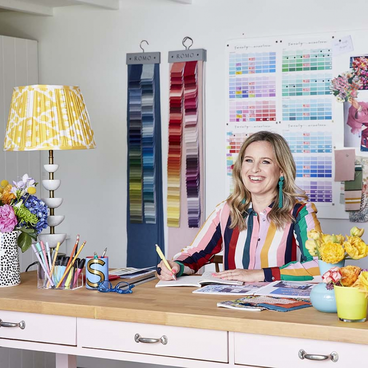 Be your own interior designer is the online course launched by Sophie Robinson in which she shares her creative deisgn process so you can design rooms with confidence
