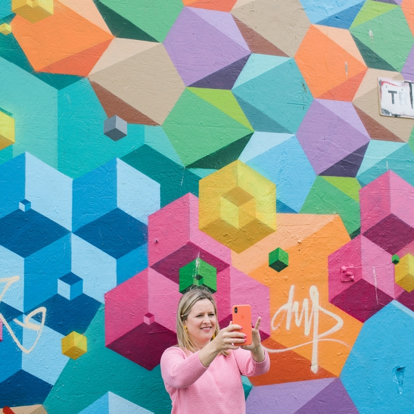 Sophie Robinson shares how to tap into your creativity and get inspired by your surroundings. This rather fabulous colourful wall in Brighton acts as the perfect backdrop. #brighton #colourlover #sophierobinson #interior design