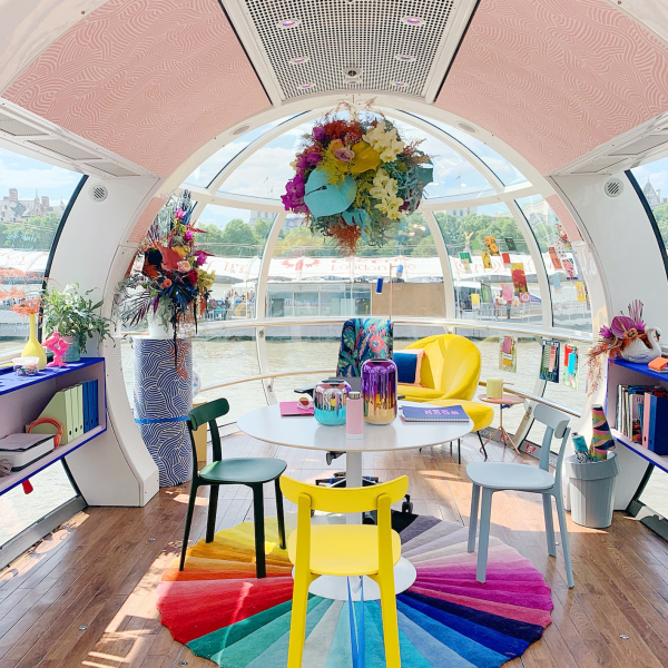 The London Eye pod takeover - by Sophie Robinson and Fiverr to highlight the importance of how to get your home workspace work for you. #homeoffice #workspace #londoneye #sophierobinson