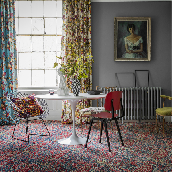 Pattern clashing can now include the floor. Sophie Robinson, colour and pattern queen shares her thoughts on how make your home stand out with style by opting for patterned carpet. #alternativeflooring #sophierobinson #patternclashing