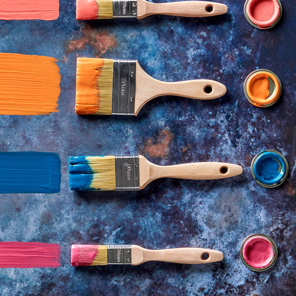 Find out more about colour combining and know what paint to to use where in a scheme. Find out more with Sophie Robinson as she looks at using the colour wheel as a guide. #colourwheel #colourcombining #sophierobinson